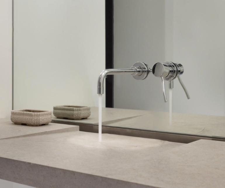 fixer-upper-master-vanity-concrete copy