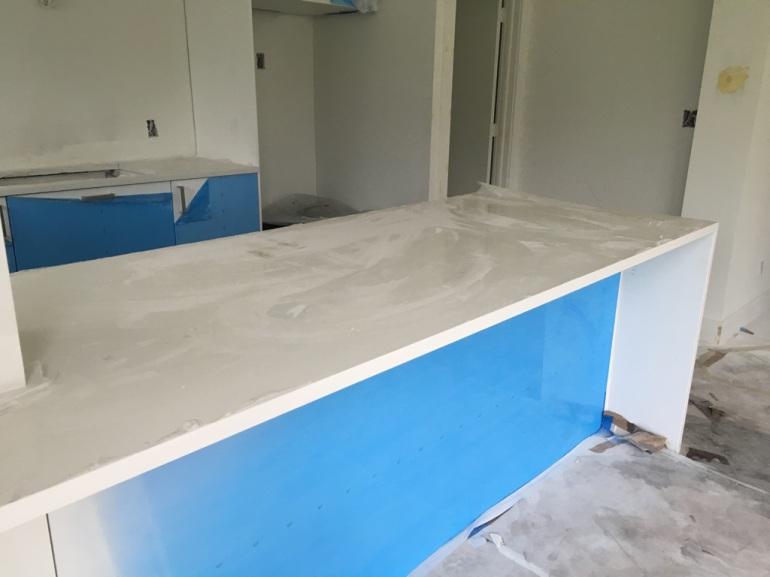 white-quartz-countertops-kitchen-home-renovation